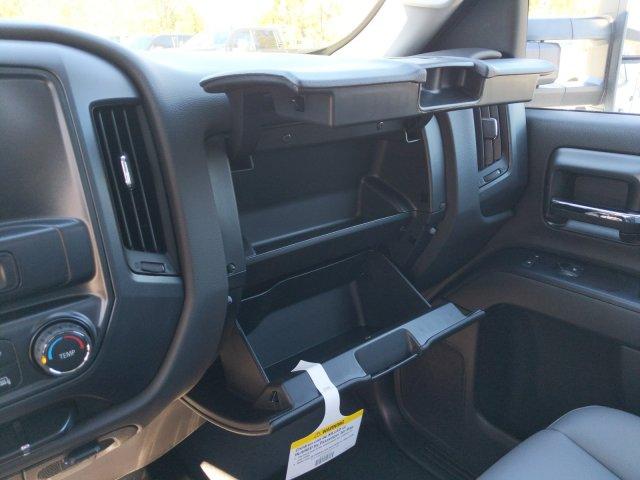 2019 Silverado 2500 Double Cab 4x2, Reading SL Service Body #F1191530 - photo 17