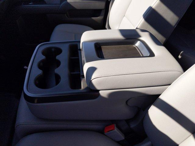 2019 Silverado 2500 Double Cab 4x2, Reading Service Body #F1191546 - photo 18
