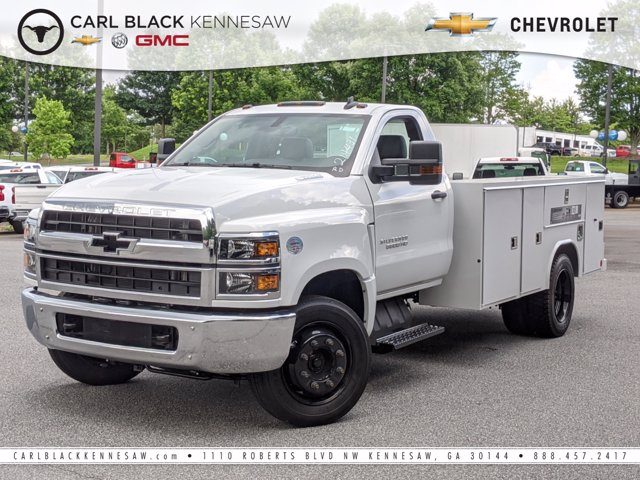 2020 Silverado Medium Duty Regular Cab DRW 4x2, Reading Service Body #M1900000 - photo 1
