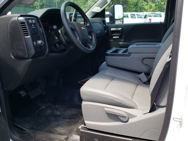 2019 Silverado Medium Duty Regular Cab DRW 4x2, Womack Truck Body Platform Body #M1990032 - photo 4
