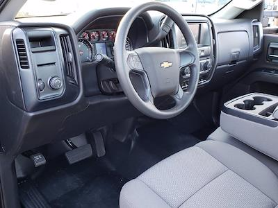 2019 Silverado Medium Duty Regular Cab DRW 4x2, Miller Industries Vulcan Rollback Body #M1990034 - photo 5