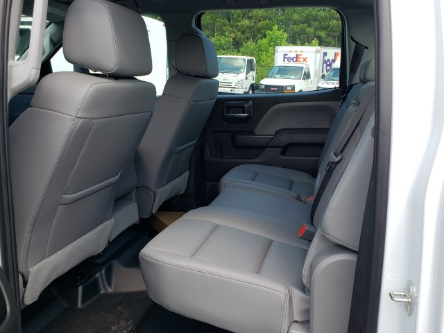 2019 Silverado Medium Duty Crew Cab DRW 4x2, Knapheide PGNB Gooseneck Platform Body #M1990055 - photo 5