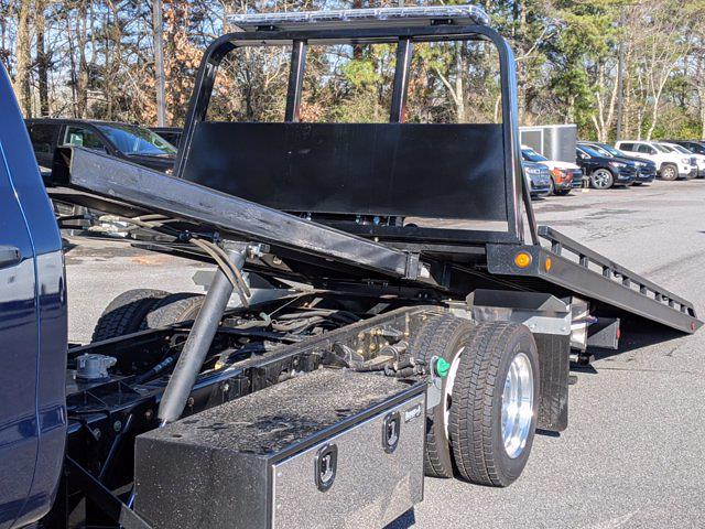 2019 Chevrolet Silverado Medium Duty Regular Cab DRW 4x2, Rollback Body #M1990075 - photo 18