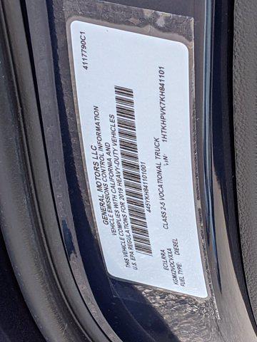 2019 Chevrolet Silverado Medium Duty Regular Cab DRW 4x2, Rollback Body #M1990075 - photo 27