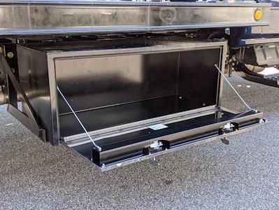 2019 Chevrolet Silverado Medium Duty Regular Cab DRW 4x2, Rollback Body #M1990075 - photo 14