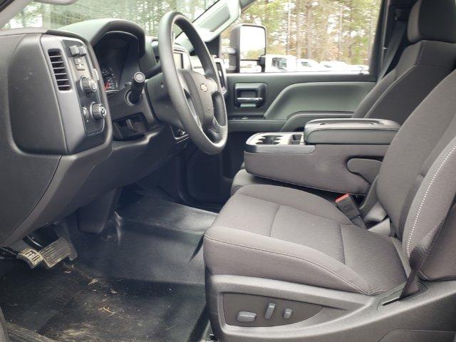 2019 Silverado Medium Duty Regular Cab DRW 4x4, CM Truck Beds TM Model Platform Body #M1990112 - photo 4