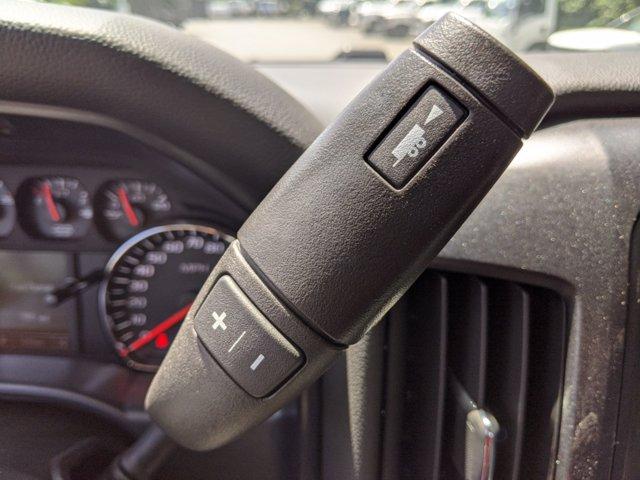 2019 Chevrolet Silverado Medium Duty Regular Cab DRW 4x4, Reading SL Service Body #M1990143 - photo 20
