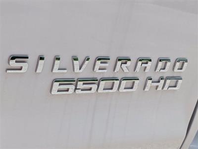 2019 Chevrolet Silverado Medium Duty Regular Cab DRW 4x4, Reading SL Service Body #M1990143 - photo 10