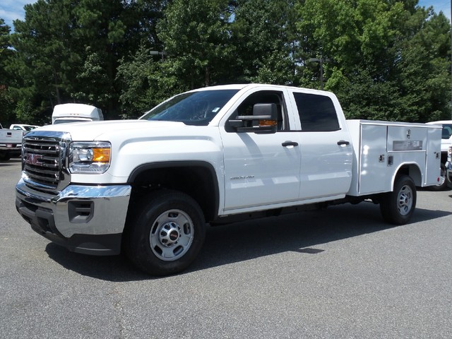 2016 Sierra 2500 Crew Cab, Reading Service Body #1361696 - photo 3
