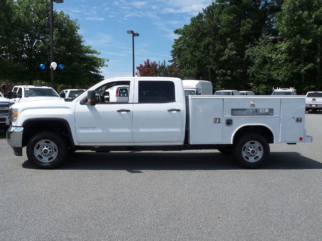 2016 Sierra 2500 Crew Cab, Reading Service Body #1361696 - photo 4