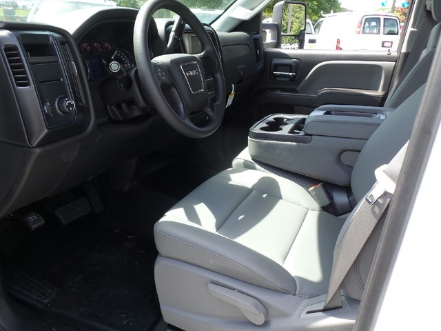 2016 Sierra 2500 Crew Cab, Reading Service Body #1361696 - photo 5