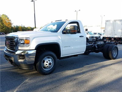 2018 Sierra 3500 Regular Cab DRW Cab Chassis #1380128 - photo 1