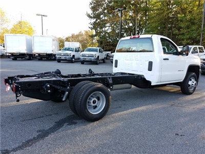2018 Sierra 3500 Regular Cab DRW Cab Chassis #1380128 - photo 2
