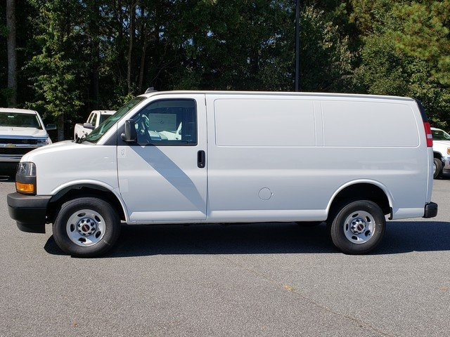 2018 Savana 2500 4x2,  Empty Cargo Van #1381347 - photo 2