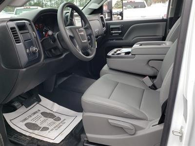 2019 Sierra 3500 Crew Cab DRW 4x2,  Reading Classic II Steel Service Body #1390308 - photo 3