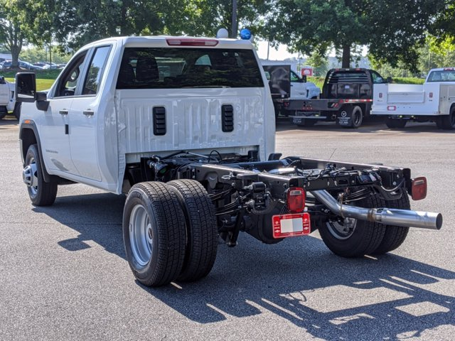 2020 GMC Sierra 3500 Double Cab 4x4, Cab Chassis #F1300617 - photo 2