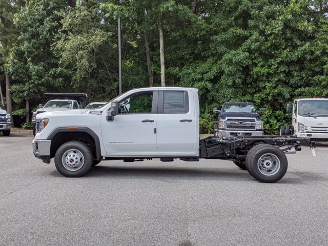 2020 GMC Sierra 3500 Double Cab 4x4, Cab Chassis #F1300621 - photo 8