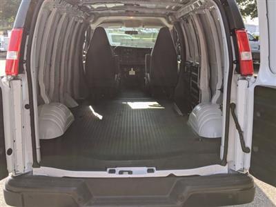 2020 GMC Savana 2500 RWD, Empty Cargo Van #F1300631 - photo 2