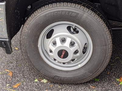 2020 GMC Sierra 3500 Regular Cab 4x4, Platform Body #F1300750 - photo 11