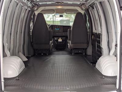 2020 GMC Savana 3500 RWD, Empty Cargo Van #F1300767 - photo 2