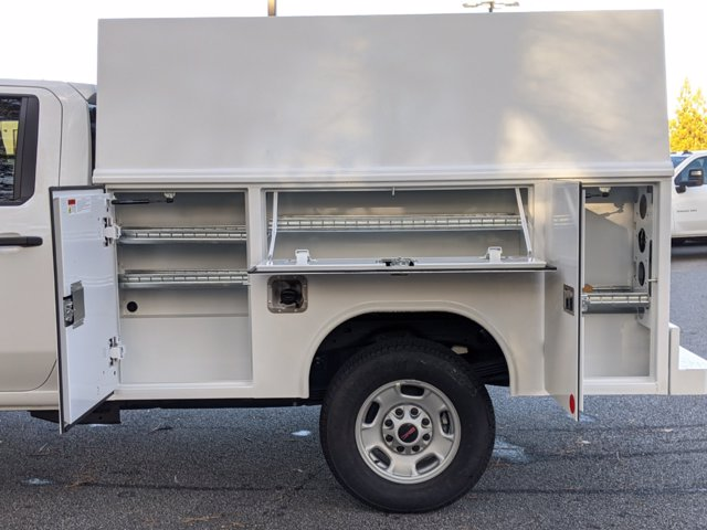 2020 GMC Sierra 2500 Crew Cab 4x2, Reading Panel Service Body #F1300858 - photo 9