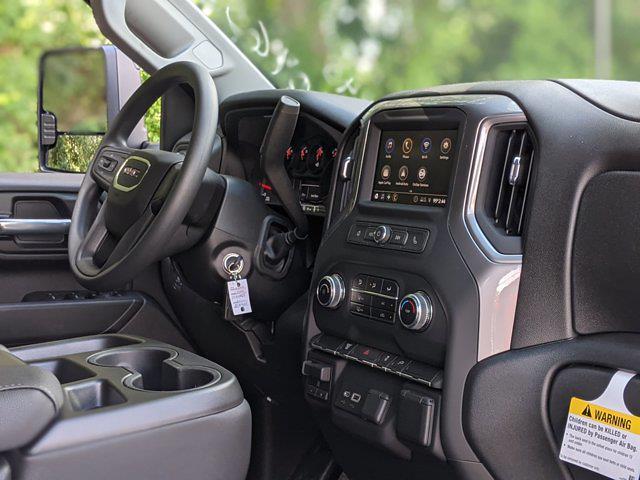 2021 GMC Sierra 3500 Crew Cab 4x4, Service Body #F1310965 - photo 25