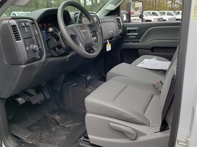 2019 Sierra 3500 Regular Cab DRW 4x4,  Commercial Truck & Van Equipment Gooseneck Platform Body #F1390779 - photo 4