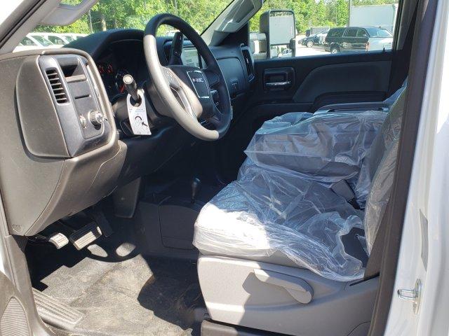 2019 Sierra 3500 Crew Cab 4x4,  Cab Chassis #F1390960 - photo 4