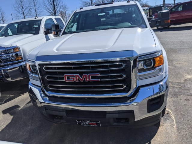 2019 Sierra 2500 Double Cab 4x4, Reading SL Service Body #F1391220 - photo 3