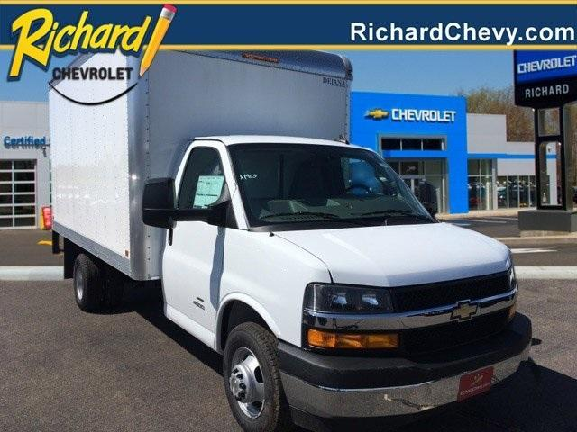 2019 Chevrolet Express 4500 4x2, Dejana Cutaway Van #9980 - photo 1