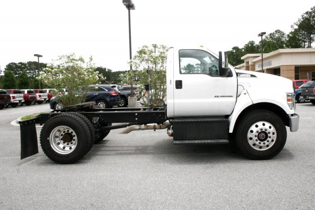 2016 F-650 DRW 4x2,  Cab Chassis #00P00065 - photo 3