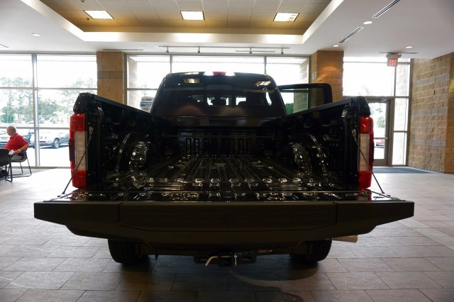 2018 F-250 Crew Cab 4x4,  Pickup #00R36546 - photo 17