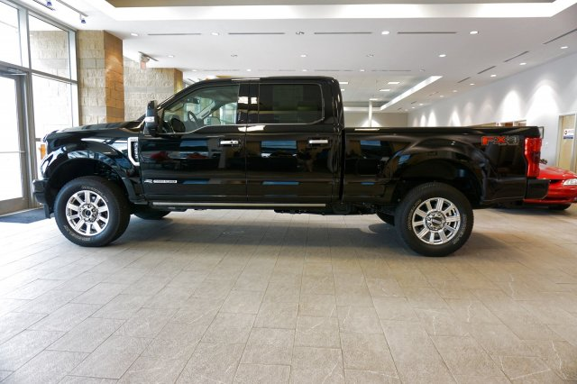 2018 F-250 Crew Cab 4x4,  Pickup #00R36546 - photo 4