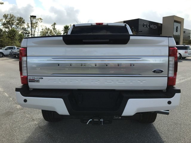 2018 F-250 Crew Cab 4x4,  Pickup #00R36568 - photo 5