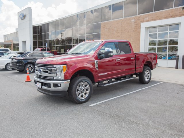 2017 F-250 Crew Cab 4x4 Pickup #00T03586 - photo 1