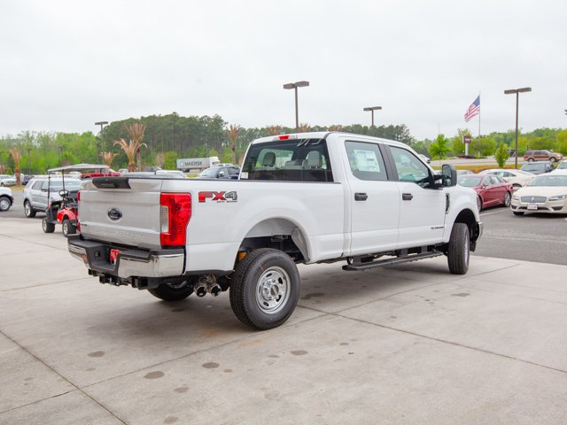 2018 F-250 Crew Cab 4x4,  Pickup #00T04112 - photo 5