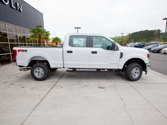 2018 F-250 Crew Cab 4x4,  Pickup #00T04112 - photo 11