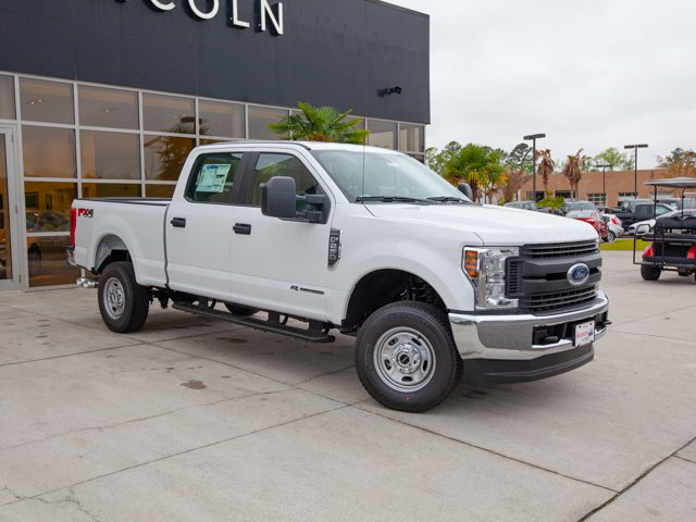 2018 F-250 Crew Cab 4x4,  Pickup #00T04112 - photo 3