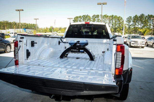 2017 F-350 Crew Cab DRW 4x4, Pickup #00T05394 - photo 39