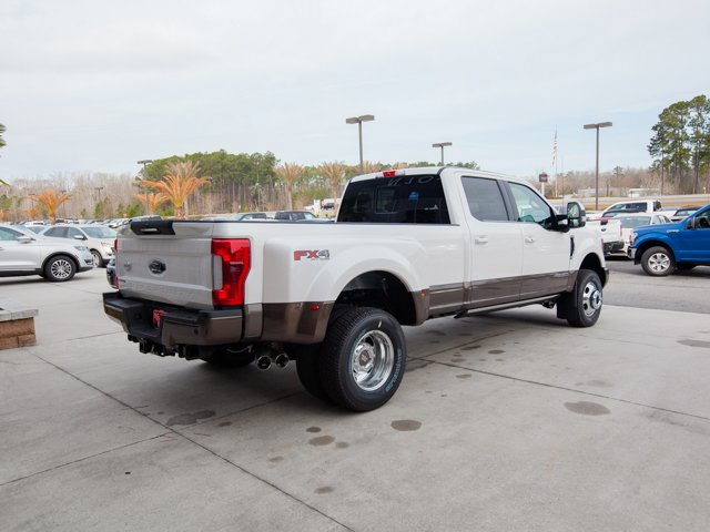2017 F-350 Crew Cab DRW 4x4, Pickup #00T05396 - photo 9