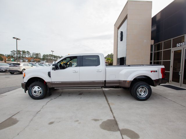 2017 F-350 Crew Cab DRW 4x4, Pickup #00T05396 - photo 5