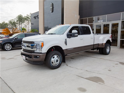 2017 F-350 Crew Cab DRW 4x4, Pickup #00T05396 - photo 1