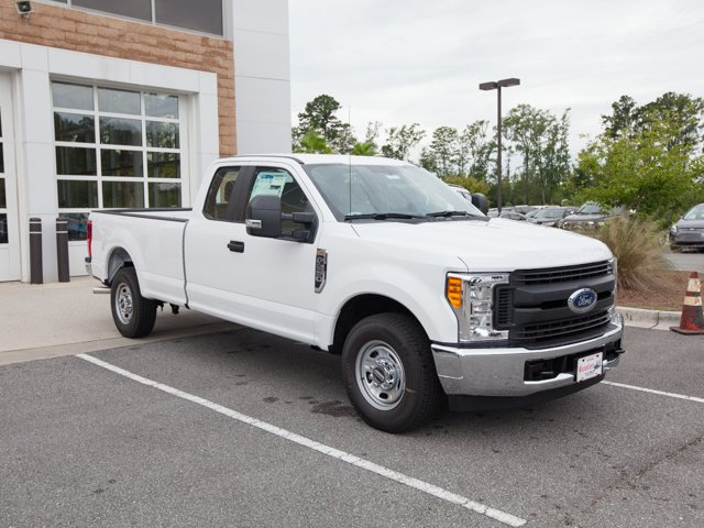 2017 F-250 Super Cab Pickup #00T11990 - photo 3