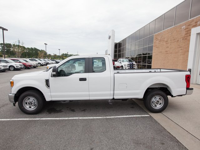 2017 F-250 Super Cab Pickup #00T11990 - photo 5