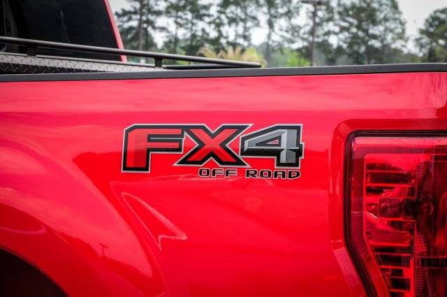 2018 F-250 Crew Cab 4x4,  Pickup #00T15334 - photo 12