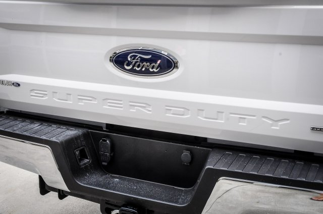 2017 F-250 Crew Cab Pickup #00T16705 - photo 11