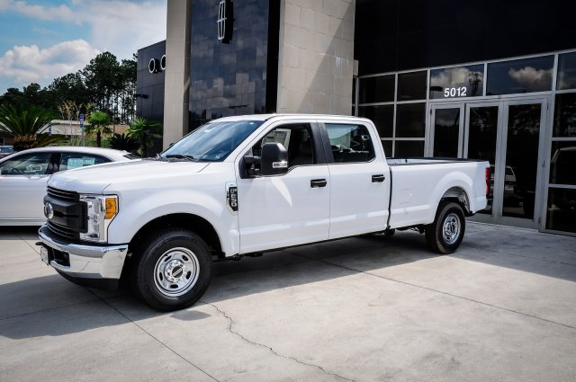 2017 F-250 Crew Cab Pickup #00T16705 - photo 1