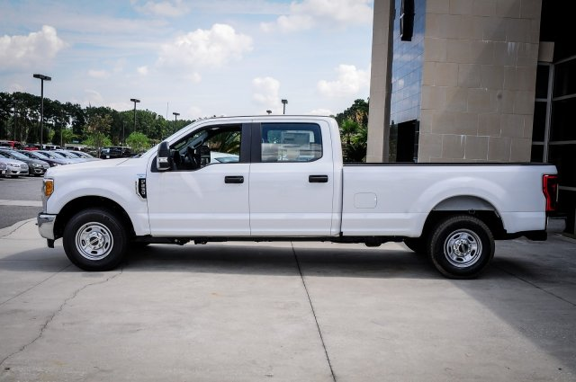 2017 F-250 Crew Cab Pickup #00T16705 - photo 4