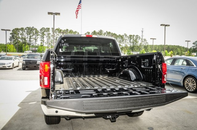 2018 F-150 SuperCrew Cab 4x2,  Pickup #00T22679 - photo 26