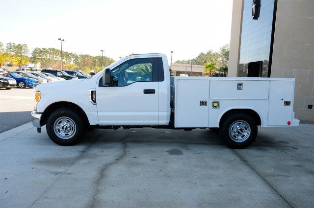 2017 F-250 Regular Cab, Reading Service Body #00T33413 - photo 5